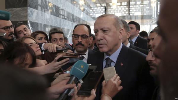 VOA慢速英语:土耳其总统对美国从叙利亚缓慢撤军表示不满