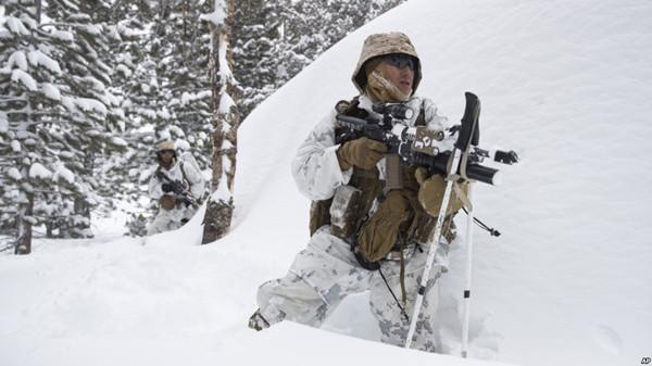 VOA慢速英语:美国军队将在极寒环境中训练作战