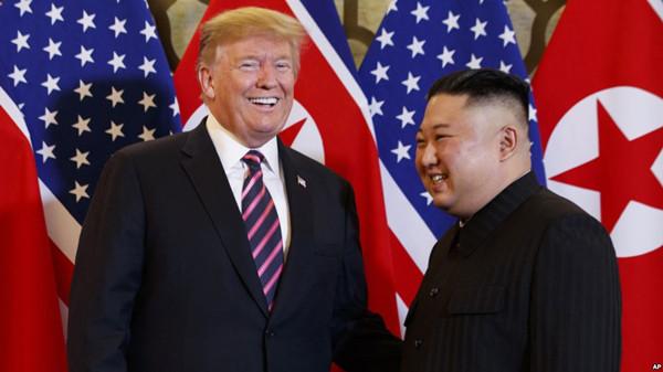 VOA常速英语:川普否认对朝鲜的无核化问题退缩